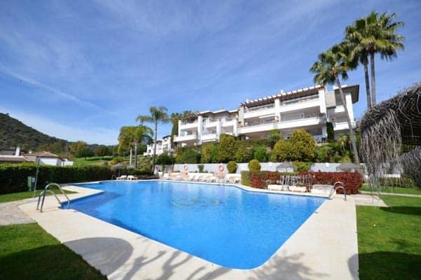 Apartment For Sale in Benahavis (Los Arqueros)