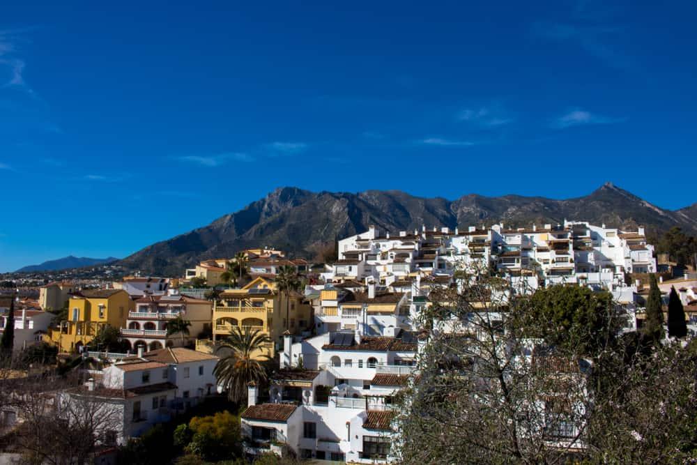 family-orientated neighbourhoods in marbella